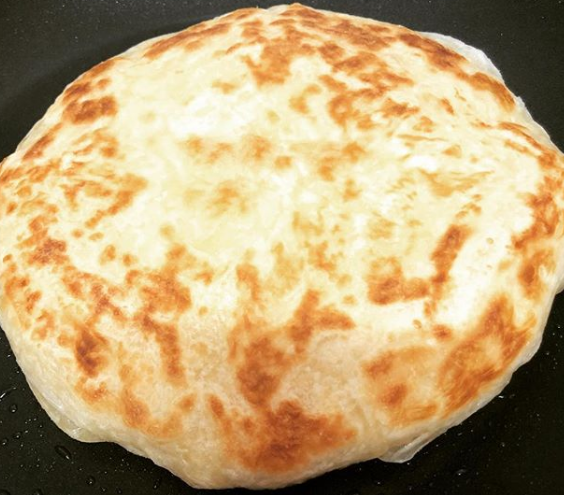 طريقة عمل خبز براتا الهندي أوريجانو